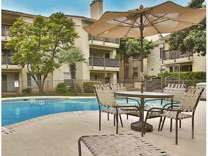2 Beds - Turtle Creek Apartments