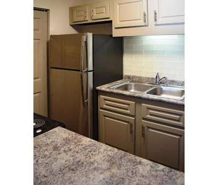 3 Beds - Chelsea Place at 805 Bradyville Pike in Murfreesboro TN is a Apartment