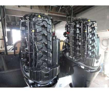 "2005 U.S.I.A. 30' 7"" Aluminum Boats Twin 2010 Mercury 300 Outboards is a 20 foot 2005 Boat in Miami Beach FL"