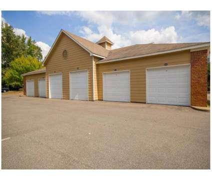 3 Beds - Walnut Hill at 8920 Walnut Grove Road in Cordova TN is a Apartment