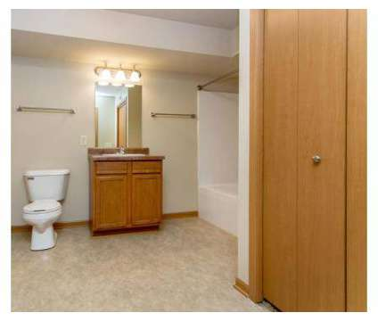 2 Beds - Melbourne Apartments at 5515 Se 14th St  1102 in Des Moines IA is a Apartment
