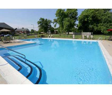 2 Beds - Four Seasons Apartments at 8010 Summerfield Cir in Louisville KY is a Apartment