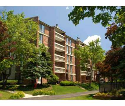 2 Beds - Lake+House at 333 Wood Creek Rd in Wheeling IL is a Apartment