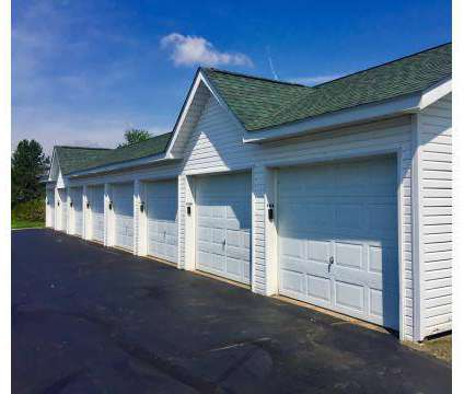 3 Beds - The Highlands of Heritage Woods at 454 Crestmont Ct in Copley OH is a Apartment
