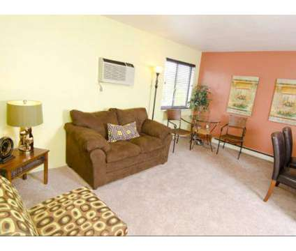 1 Bed - Mason Hills at 805 Mason Hills Dr in Mason MI is a Apartment