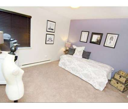 2 Beds - Mason Hills at 805 Mason Hills Dr in Mason MI is a Apartment