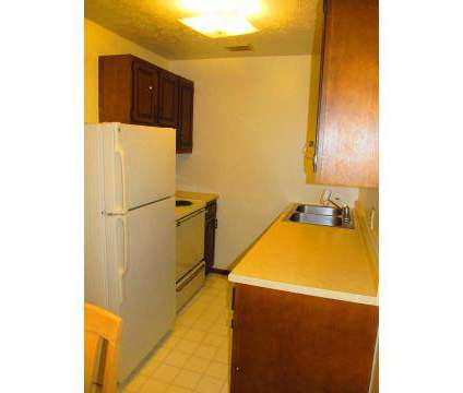 2 Beds - Shakertown Apartments   5902 Shakertown Dr Nw #b1 Canton OH ...