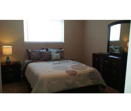 2 Beds - Colonial Ridge Apartments at 2609 Mangowood Rd in Colonial Heights VA is a Apartment