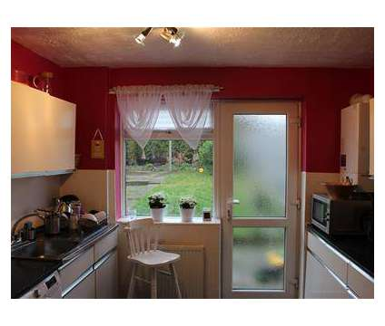 4 bed House - Terraced in Corby NTH is a House