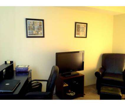 3 Beds - Governors House Apartments at 871 Burnham Dr in University Park IL is a Apartment
