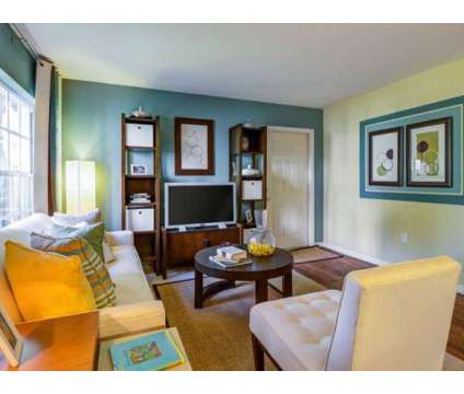 1 Bed - Gulfstream Isles at 1601 Red Cedar Dr in Fort Myers FL is a Apartment