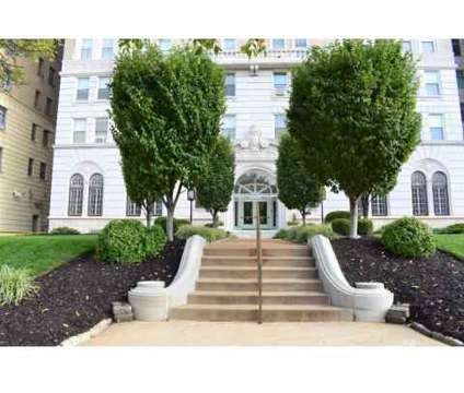1 Bed - President/Park Royal at 4615 Lindell Boulevard in Saint Louis MO is a Apartment