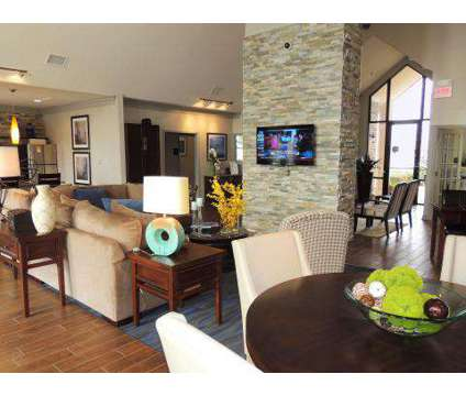 3 Beds - Lexington Place at 1301 Williamsburg Dr in Bossier City LA is a Apartment