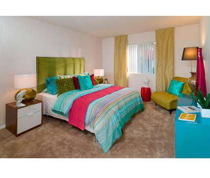 2 Beds - Cabana at the Pointe at 1829 East Morten Ave in Phoenix AZ is a Apartment