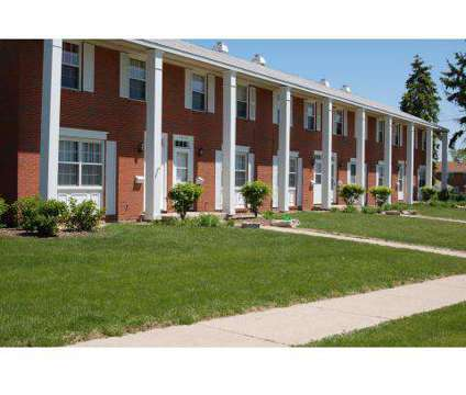 3 Beds - Stone Crossing Apartments at 1240 Nantucket Rd in Aurora IL is a Apartment