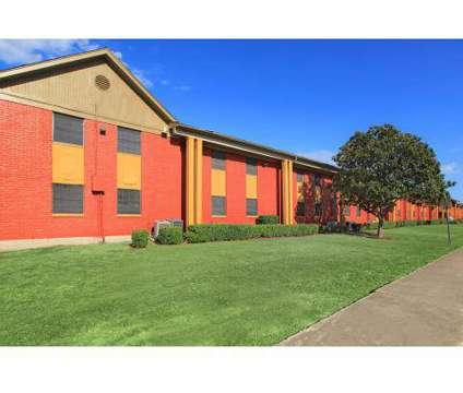 2 Beds - Villas de la Colonia at 1515 Metrocrest Drive in Carrollton TX is a Apartment
