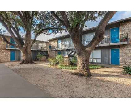 3 Beds - Heights at 515 at 515 Exeter Road in Alamo Heights TX is a Apartment