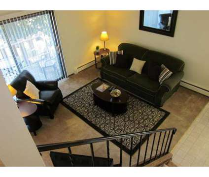 2 Beds - Woodmere Townhome Apartments at W55 N195 Woodmere Ct 1 in Cedarburg WI is a Apartment