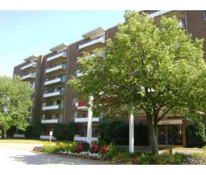 3 Beds - Huntington Green at 2200 Milton Rd in University Heights OH is a Apartment