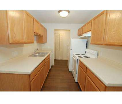 3 Beds - La Joya at 4514 Candletree Cir in Indianapolis IN is a Apartment