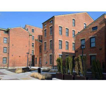 1 Bed - Mercer Commons (OTR) at 1341 Walnut St in Cincinnati OH is a Apartment