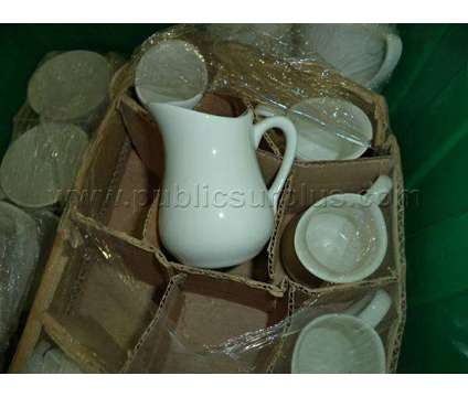 Large Caterer Set of China Dishes is a Everything Else for Sale in Sacramento CA