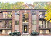 2 Beds - Ramblewood Apartments