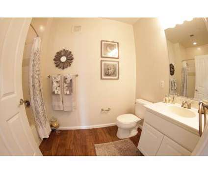 2 Beds - The Hawthorne at Gillette Ridge at 2 Francis Way in Bloomfield CT is a Apartment