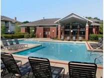 2 Beds - Woodlake Apartments