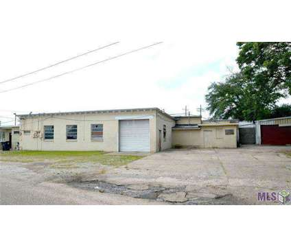 Investment Opportunity Commercial Building In Heart Of Baton Rouge at 7875 Greenwell Springs Rd in Baton Rouge LA is a Retail Property for Sale