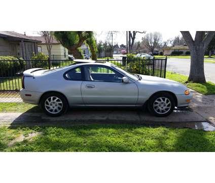 1996 Honda Prelude Si stick shift is a 1996 Honda Prelude Coupe in Clovis CA