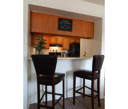2 Beds - The Villas at La Privada at 5324 San Mateo Boulevard Ne in Albuquerque NM is a Apartment