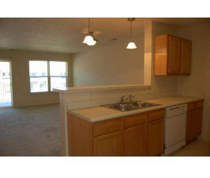 https://i.oodleimg.com/item/4516123068u_10x424x360f_apartments_for_rent_in_indianapolis_in/?1523020146
