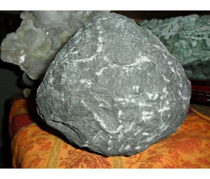 Exceptionally Gorgeous and Beautiful World Class One of the Finest Huge Okenite is a White Collectibles for Sale in New York NY