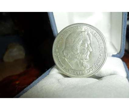Exceptionally a Rare Coin Columbian Commemorative Silver Half Dollar 1892-P Pure is a White Coins for Sale in New York NY
