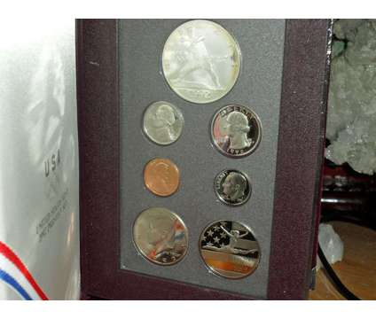 Exceptional United State Mint-Prestige Silver Proof Set- 1992-S Olympic Basebal is a Black Coins for Sale in New York NY