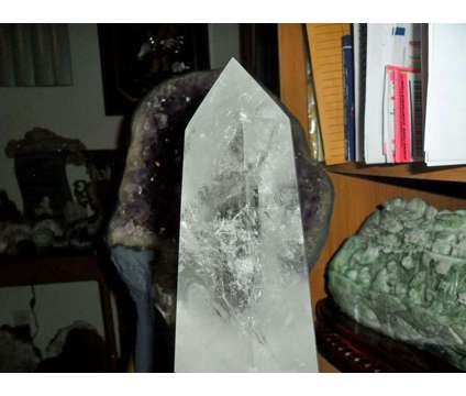 Exceptional, Gorgeous and Beautiful Huge 6.5 lbs Crystal Quartz Point Reiki Heal is a White Collectibles for Sale in New York NY