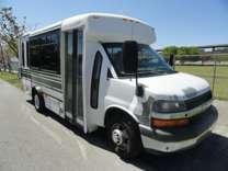 2009 Chevrolet Express Champion Bus