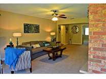 3 Beds - Villa Medici Apartments and Townhomes
