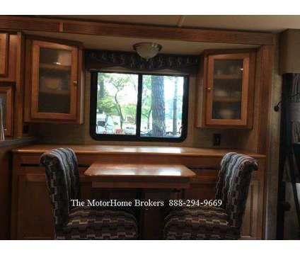 2015 Winnebago Sightseer 33C w/3 Slide-Outs is a 2015 Motorhome in Salisbury MD