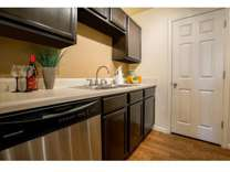 2 Beds - Gettysburg Square Apartments