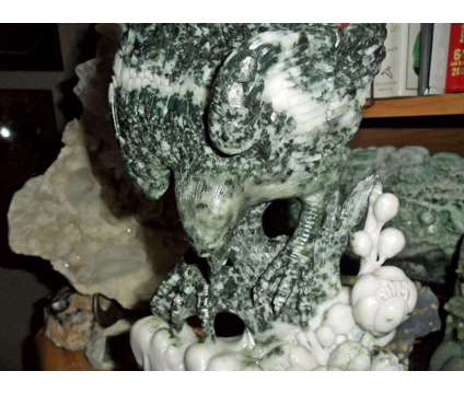 Gorgeous and Beautiful 100% Natural DuShan Jade Hand Carved Statue Of a Eagle Pe is a Collectibles for Sale in New York NY