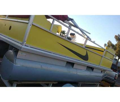 PONTOON BOAT 2004 sun tracker 17.5 footer ELECTRIC POWERED pontoon boat FOR resi is a 17 foot 2004 Pontoon & Deck Boat in Phoenix AZ