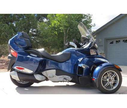 Can-Am Spyder RT-S SE5 is a 2011 Can-Am Spyder Motorcycle in Bozeman MT