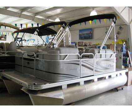 2017 Qwest 7514 Cruise DLX is a 14 foot 2017 Pontoon & Deck Boat in Kendallville IN