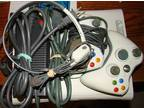 Xbox 360, 8 games, 2 controlle