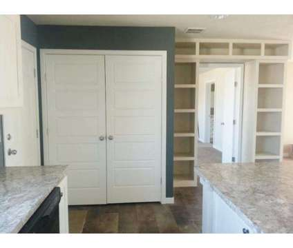 Managers Special double wide, Must have place to put this gorgeous home! We also in Dickinson ND is a Farm Land