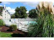 3 Beds - Featherstone Apartments at Kiln Creek