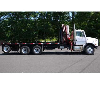 8489 - Freightliner Fassi Knuckleboom Truck; 10 Ton is a 2003 Crane Truck in Hatfield PA