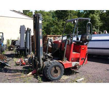 8844 - 2006 Moffett M55.4 Piggyback Forklift; 2.75 Ton is a 2006 Other Commercial Truck in Hatfield PA